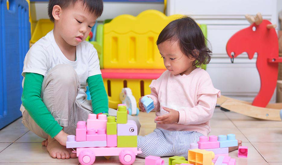 asian-children-friends-happy-play-time-toys-dental-care