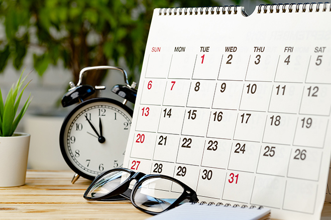 calendar-page-wooden-office-desk