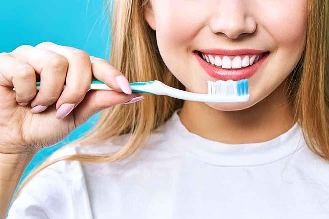 full-mouth-debridement-dental-care-smile-girl-oral-health-toothbrush