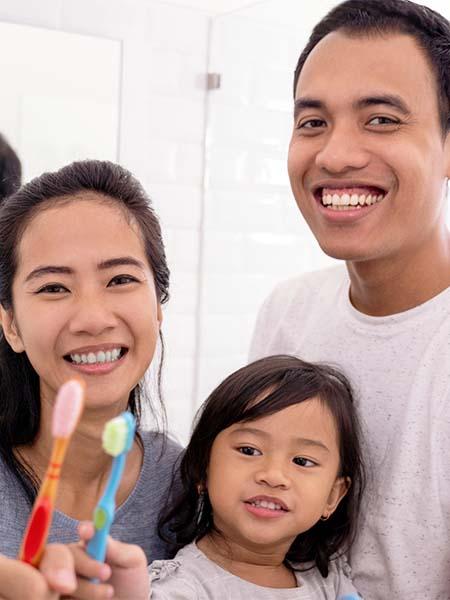 maintaining-good-oral-hygiene-asian-family-dental-care