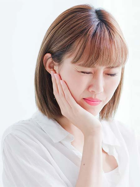 what-are-the-risks-involved-in-this-procedure-asian-girl-pain-sad-oral-health-dental-care