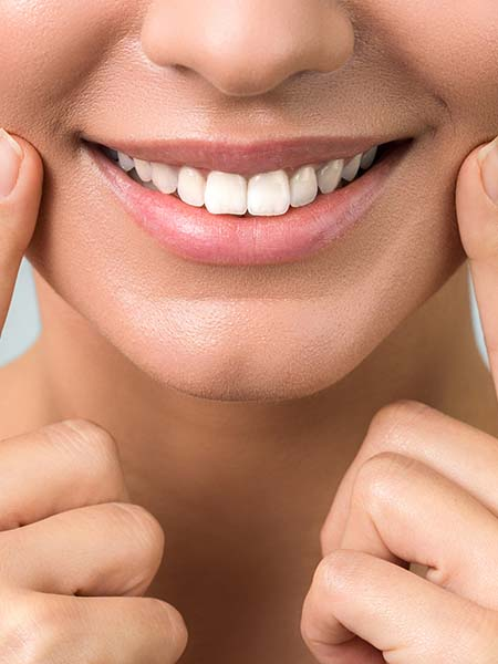 what-does-composite-bonding-involve-smile-lady-happy-dental-care-oral-health-good-smiling-cheerful